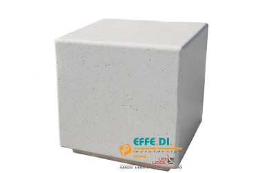 Seduta in cemento Cubo Orione RN804