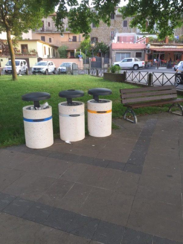 Comune di Marta (VT) cestoni per raccolta differenziata