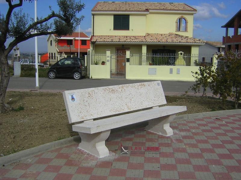 Comune di Soleminis Cagliari Panchine con schienale
